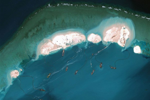 ساخت جزایر مصنوعی با سرعتی حیرت انگیز در چین