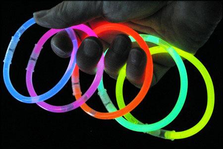 دستبند black light