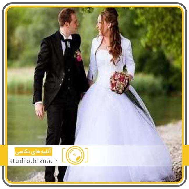 حاضر شدن به موقع در جشن عروسی خود