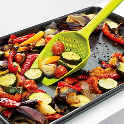 آبکش قاشقی  محصولی بسیار کاربردی برای هر آشپزخانه  مورد نیاز تمام کد بانوان ایرانی