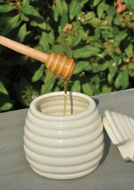 ظرف عسل خوری سرامیکی درب دار با قاشق چوبی
