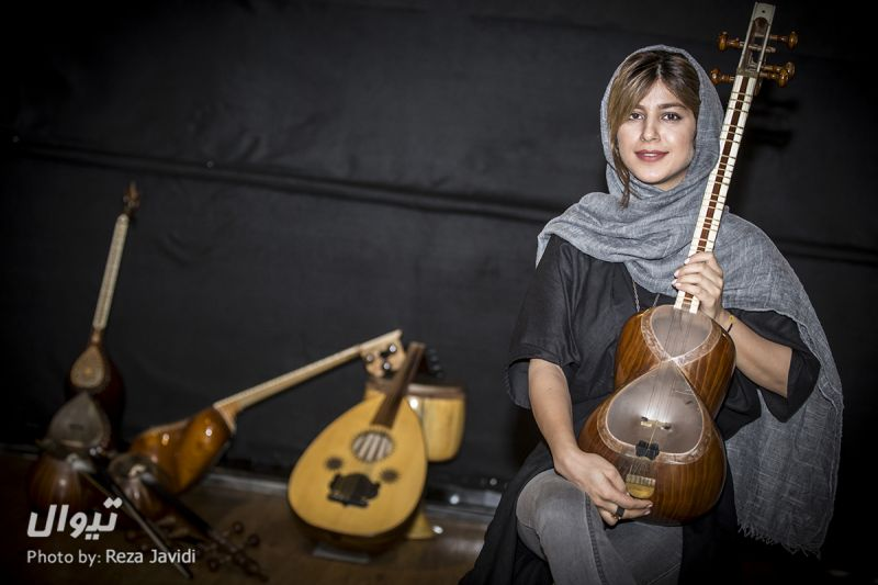 لیدا فلکی مقدم-مدرس تار بانوان