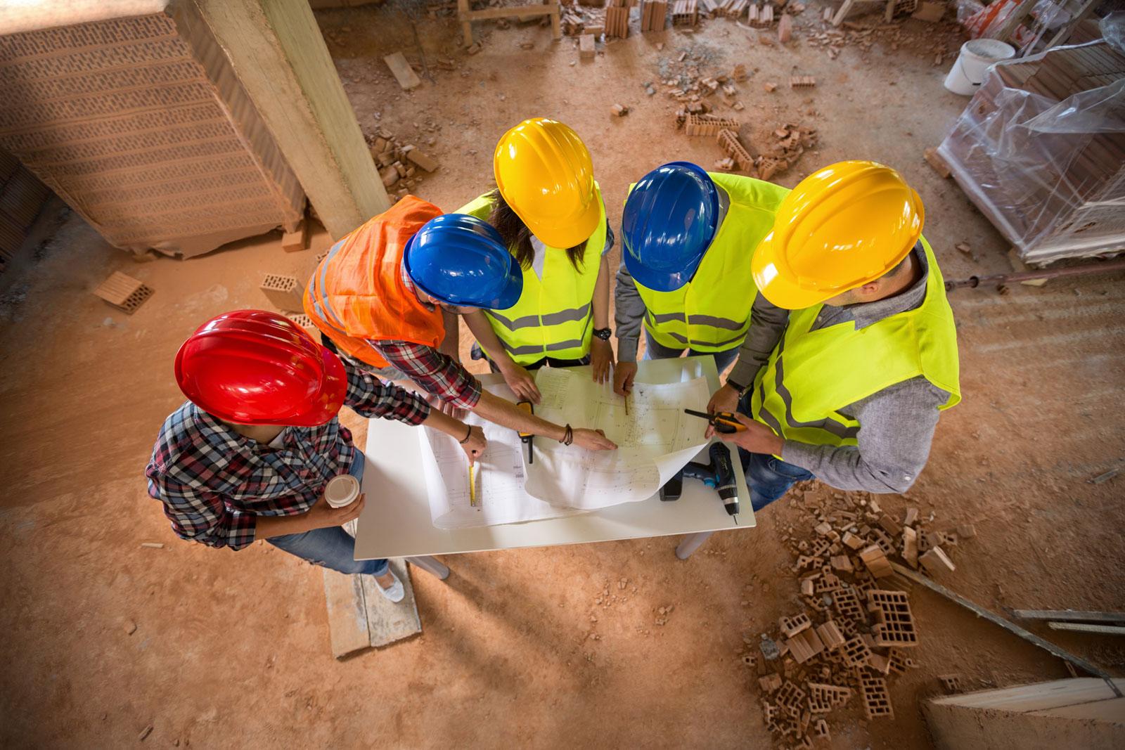 ارائه سیستم ها و راه حل های ایمنی در محیط کار