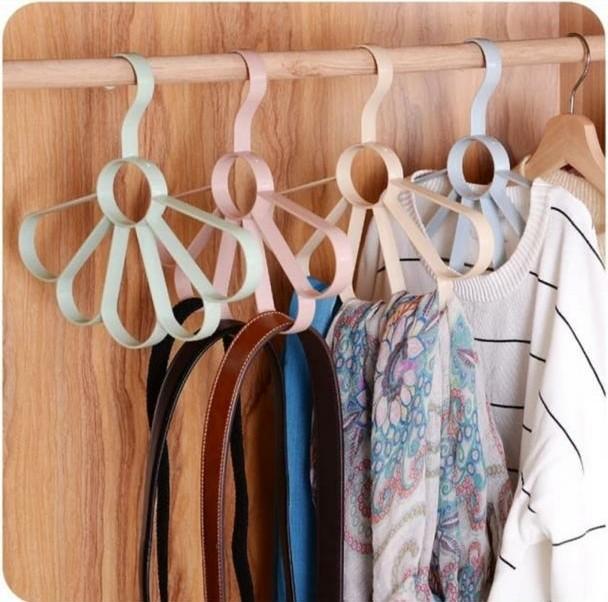 آویز شال و روسری طرح گلبرگ سه عددی
