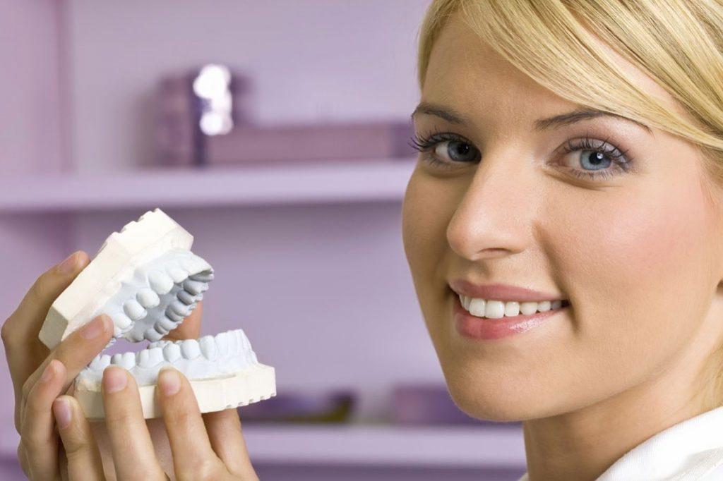 انواع خدمات ترمیم دندان کدامند؟