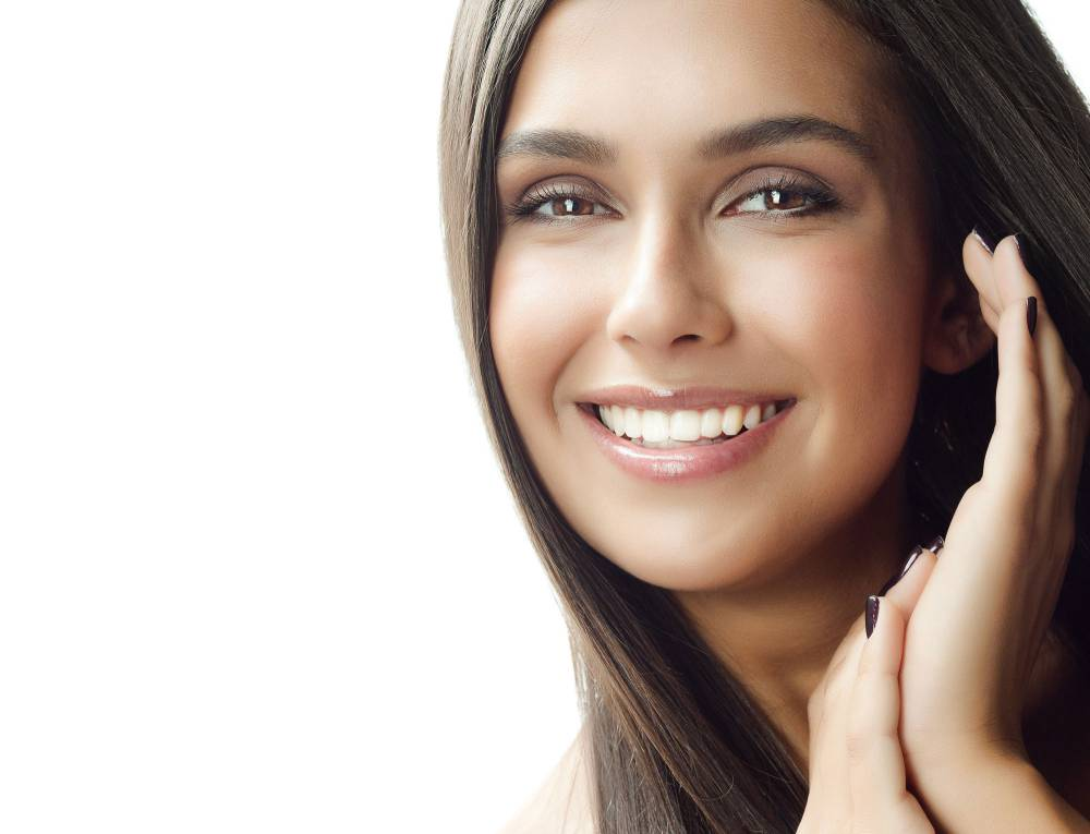 آشنایی با خدمات ترمیم و زیبایی دندان