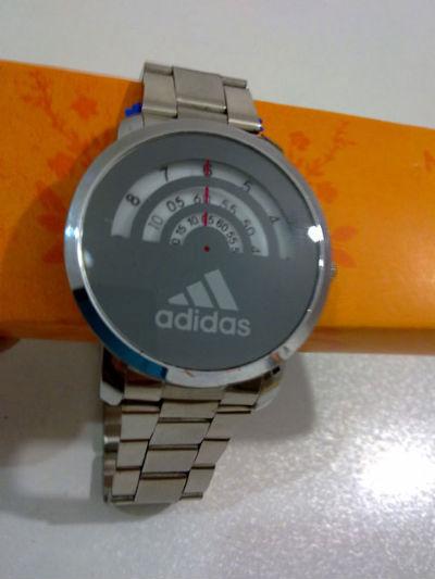 ساعت کنتوری ( بدون عقربه )