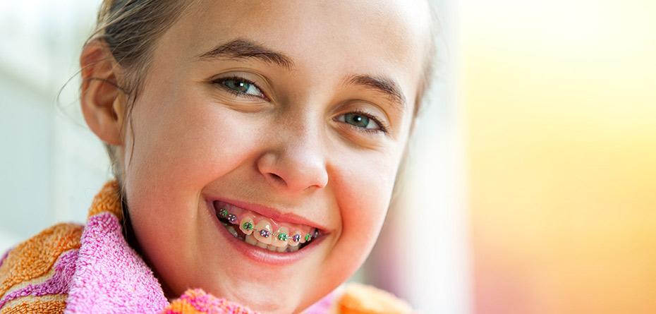 ارتودنسی پیشگیری و رشد فک در کودکان و افزایش فضا براى رویش دندانها